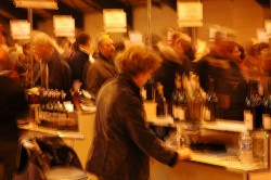 Wine festival frenzy  foto: Audrey Scott/flickr