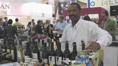 """Vernon Henn vom Fair-Trade-Projekt """"Thandi Wines"""", Stellenbosch, Südafrika"""