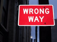 Schild Wrong Way