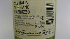 Wein mit Verfallsdatum bei NETTO Markendiscount foto:mpleitgen