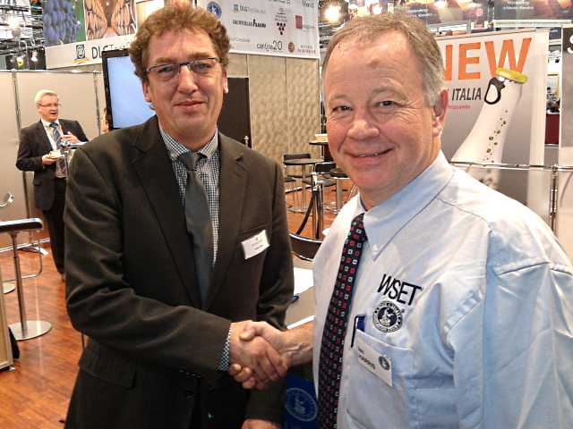 Thomas Klaas (DWS) und Ian Harris (WSET)
