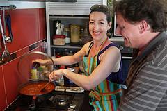 Fabienne und Stefan beim Kochen