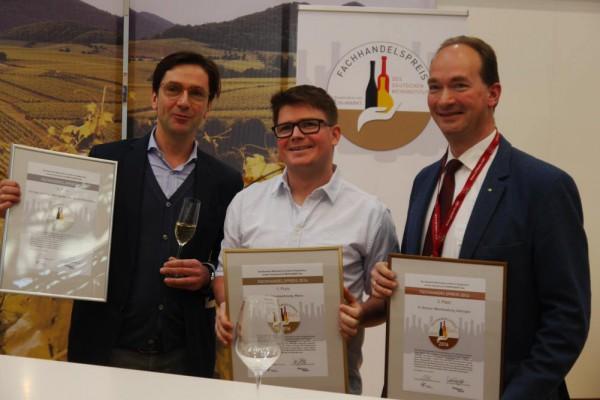 Frank Böhm (NOR Berlin), Michael Reinfrank (Weinraumwohnung Mainz) und Philipp Bremer (Weinhandlung Bremer Göttingen) Foto: Weinakademie Berlin