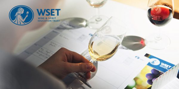 Tasting mit dem WSET SAT (systematic approach to tasting) foto: WSET London